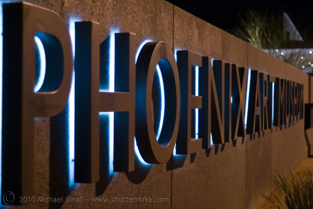 Photo of the Phoenix Art Museum sign