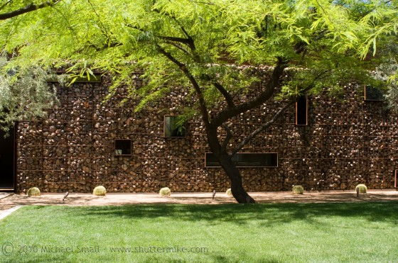 Photo of a home on the AIA Home Tour 2010 - Scottsdale