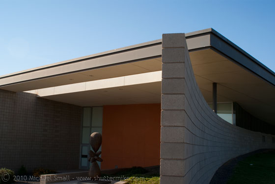 Architectural photo of the Cesar Chavez Library in Phoenix