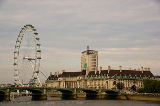 Photo of the London Eye during the day