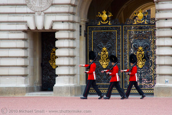 Photo of Buckingham Palace guard