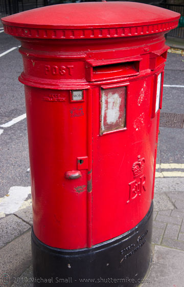 Photo of a British Royal Mail box