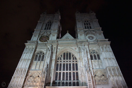 Photo of Westminister Abey at night