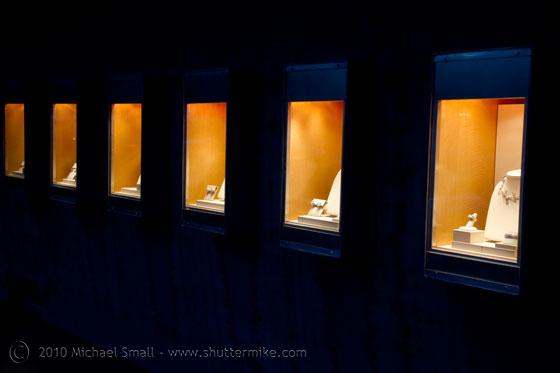 Photo of jewlery shop windows in Scottsdale, AZ