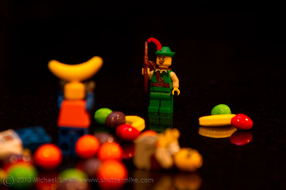 Photo of the Robin Hood Lego mini fig and fruit Runts