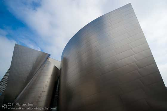 Photo of the architecture of the Walt Disney Concert Hall