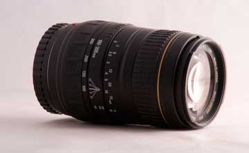 Photogrpah of a 100-300 mm telephoto lens