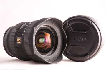 Photogrpah of a Sigma 12-24 mm wide angle lens