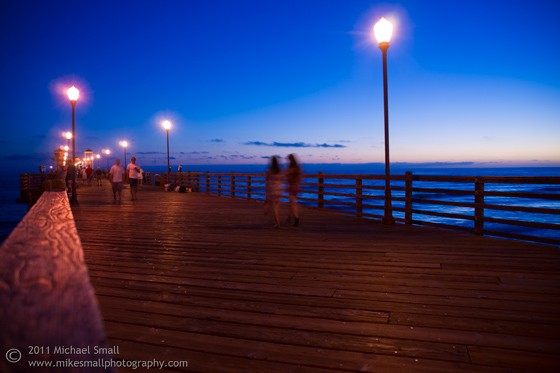 Photograph of the Oceanside pier in California