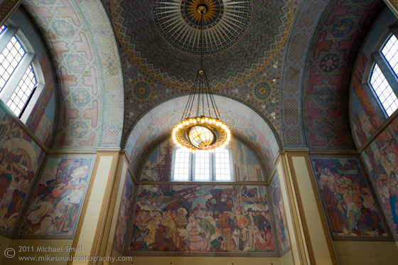 Photograph of the California History Mural int he rotunda of the LA Central Public Library