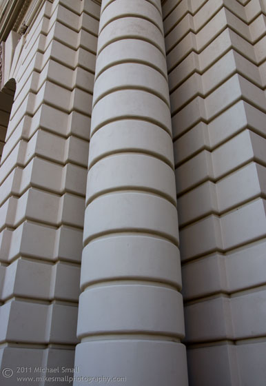 Architectural photo of a column detail of the Pasadena City Hall