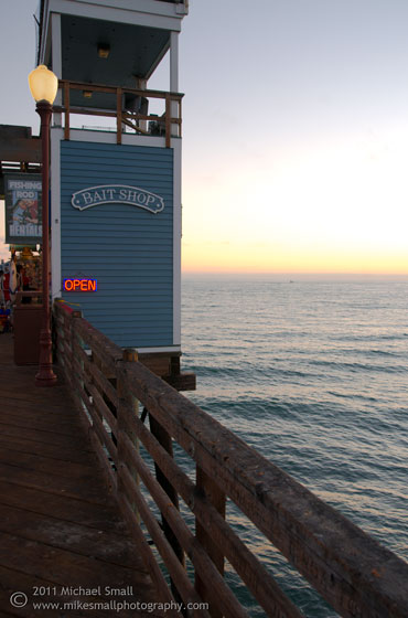 Photograph of a bait shop on the Oceanside, CA pier