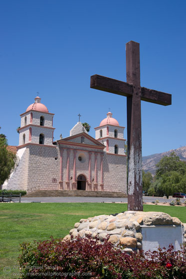 Image of the mission in Santa Barbara California