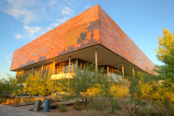 Architectural photograph of the Life Science building at Glendale Community College