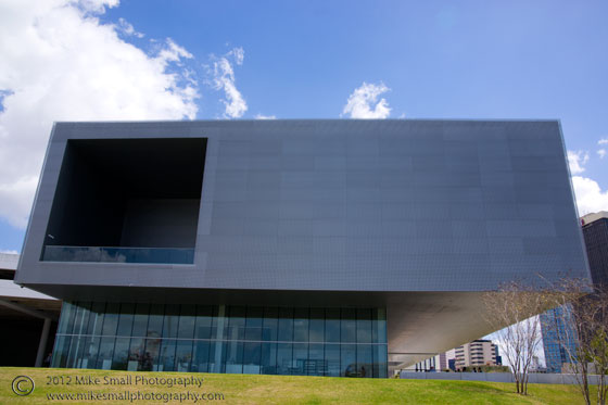 Architectural image of the Tampa Museum of Art in Florida