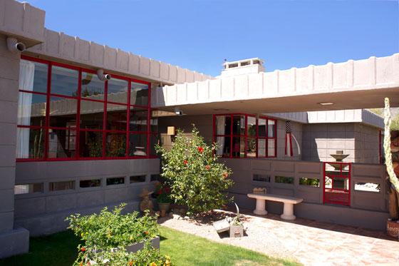 Photograph of the Benjamin Adelman House in Phoenix, AZ